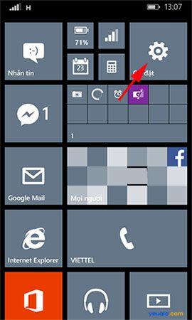 Cách thay đổi hình nền màn hình bắt đầu cho điện thoại Lumia 1